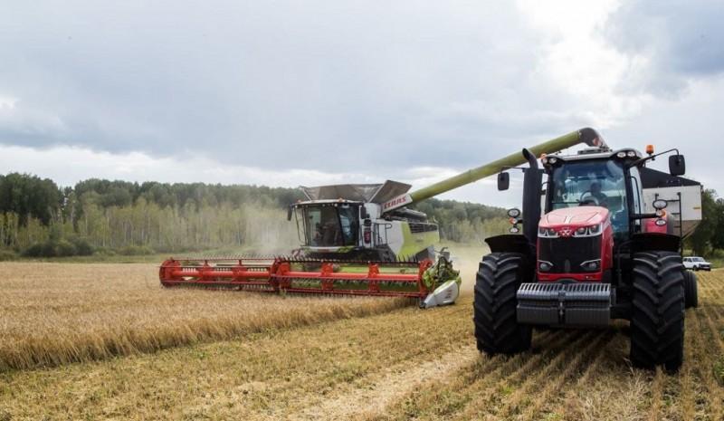 Сергей Цивилев: В Кузбассе собрали уже 1 миллион 232 тысячи тонн зерна